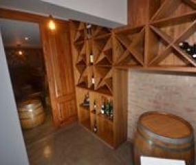 Gerald Lues Bar